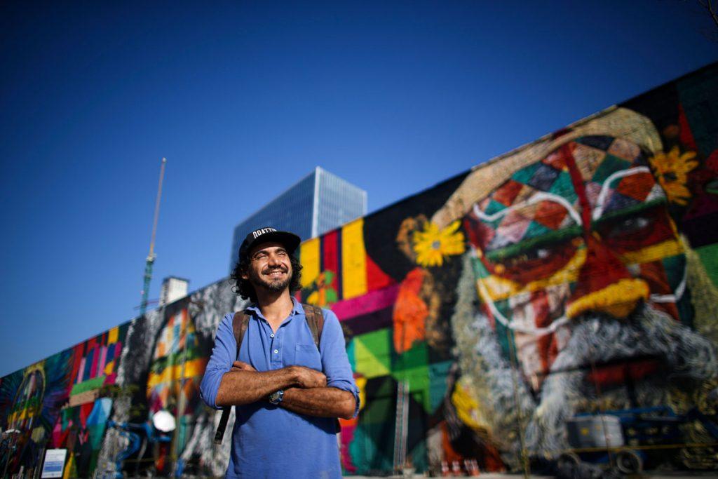 Kobra no Rio de Janeiro com o mural Todos Somos Um