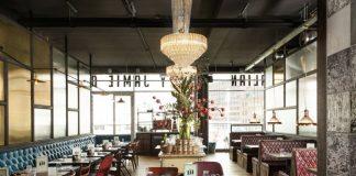 interior do restaurante do chef Jamie Oliver, jamie's italian, em rotterdam, na holanda