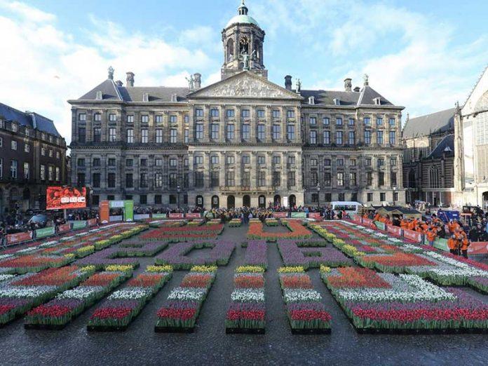 Dia Nacional da Tulipa. Decoração da Praça Dam em 2016.