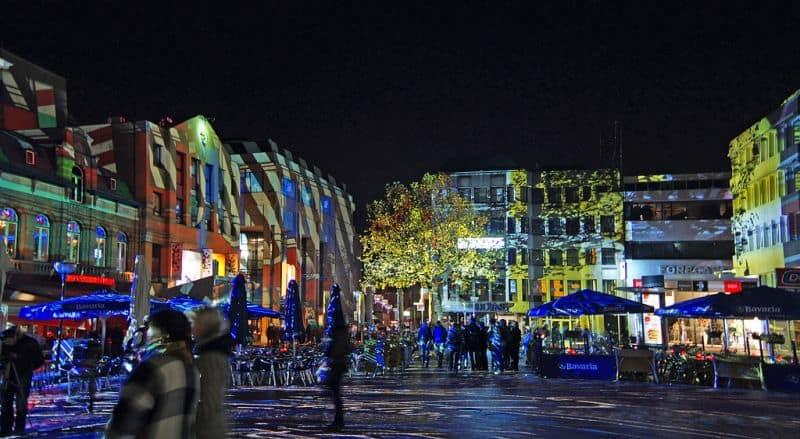 Markt no Festival Glow Eindhoven na Holanda