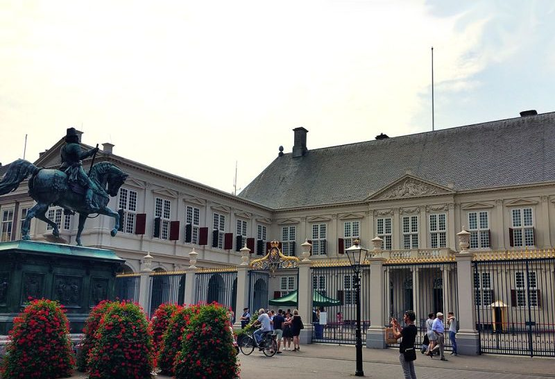 Fachada do Palácio Noordeinde em Haia, na Holanda