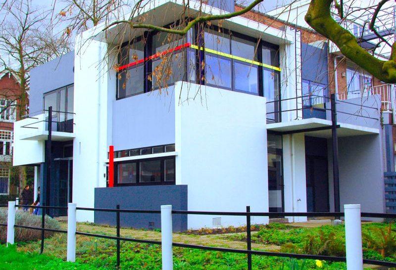 Casa Rietveld Schroder em Utrecht, criação de Gerrit Rietveld e obra da arquitetura holandesa considerada Patrimônio Cultural pela Unesco