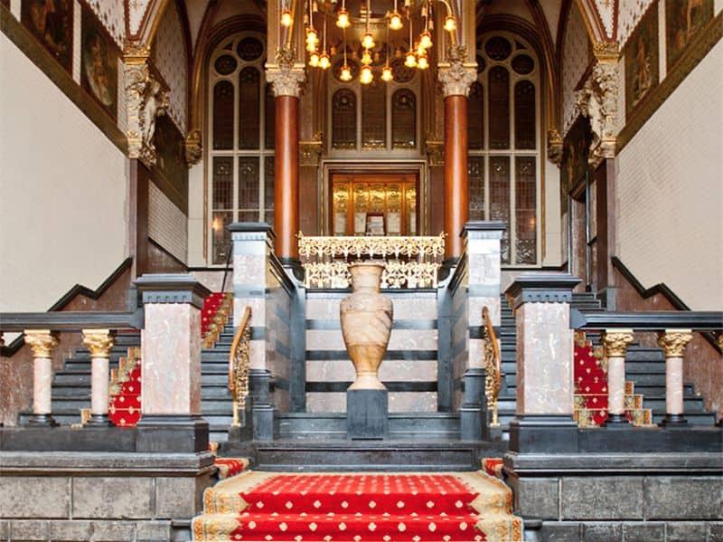 Escadaria da Sala de Espera da Família Real na Estação Amsterdam Centraal
