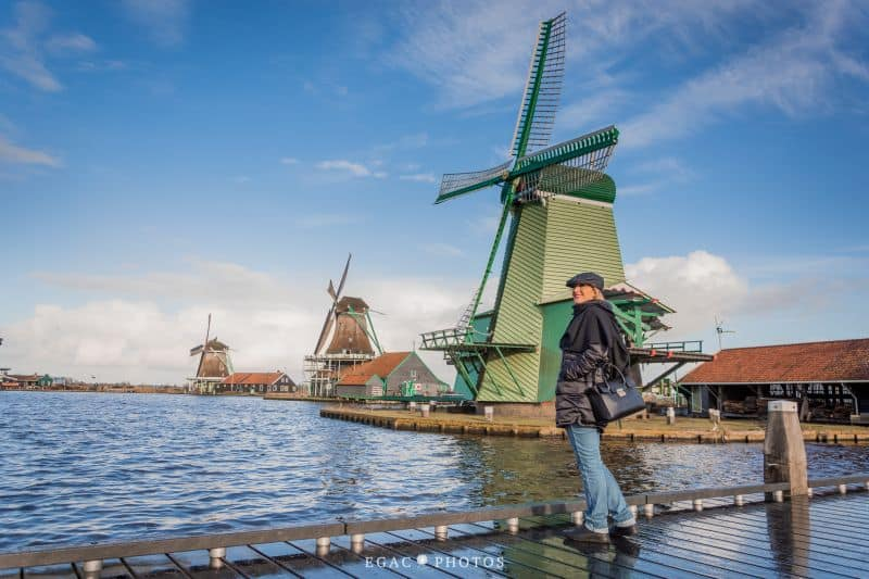 Ensaio fotográfico com fotógrafa brasileira de Amsterdam no Zaanse Schans, a tradicional vila dos moinhos de vento da Holanda