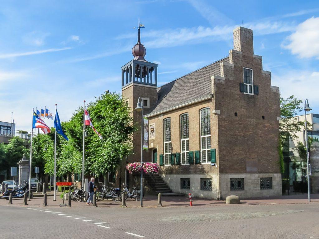Prédio do Centro de Informações Turísticas, antiga prefeitura de Baarle-Nassau