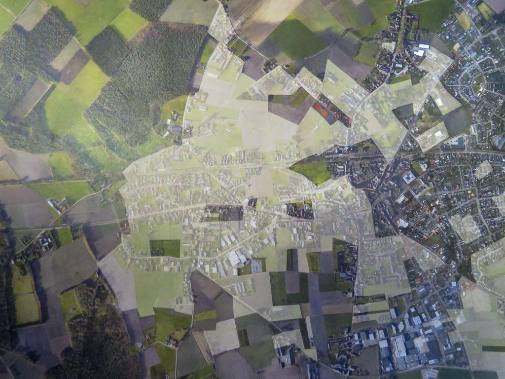 Mapa com vista aérea das cidades de Baarle-Nassau, na Holanda e Baarle-Hertog, na Bélgica