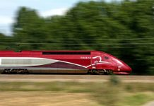 trem de alta velocidade da Thalys liga Amsterdam a Disney Paris