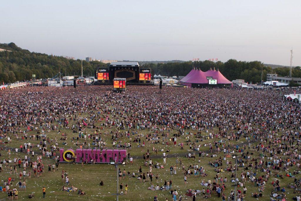 Rollings Stones se apresenta no Pinkpop, um dos principais festivais de música da Holanda, em 2015.